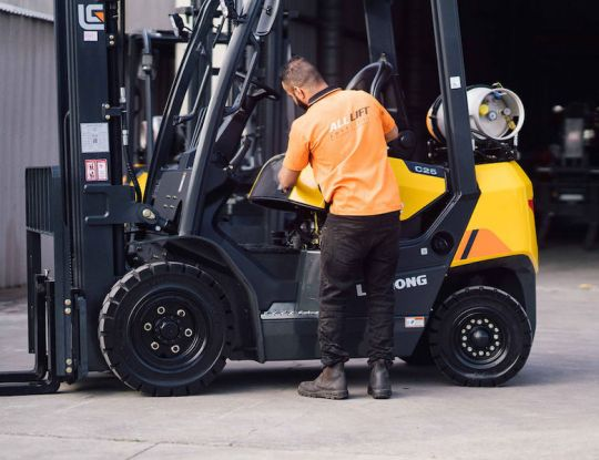 Need a forklift but don't have a licence? Operator hire is your new best mate.