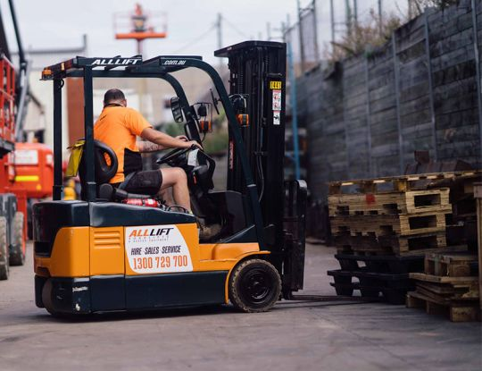 How to get a forklift licence?